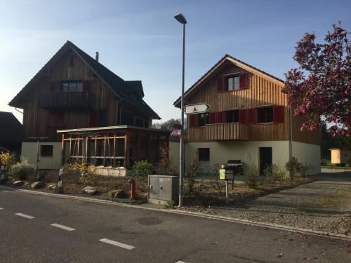 Neubau Garage mit Wohnung, Bischofszell – Das Auto immer griffbereit